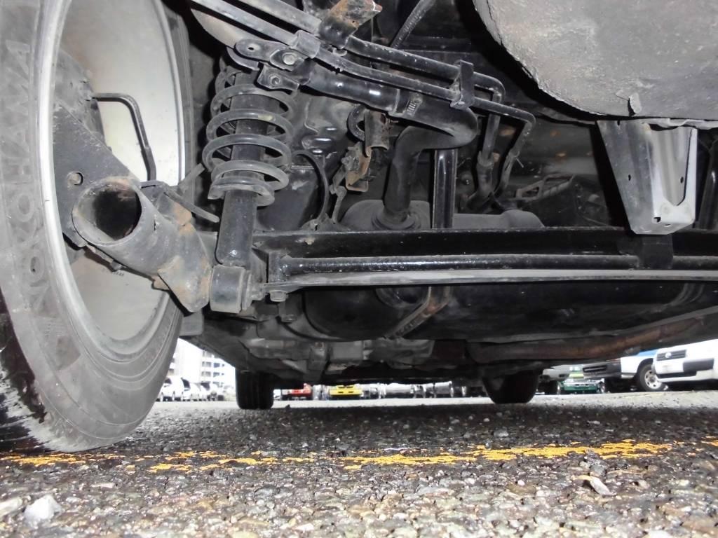 Used 2005 AT Toyota Prius NHW20 Image[13]