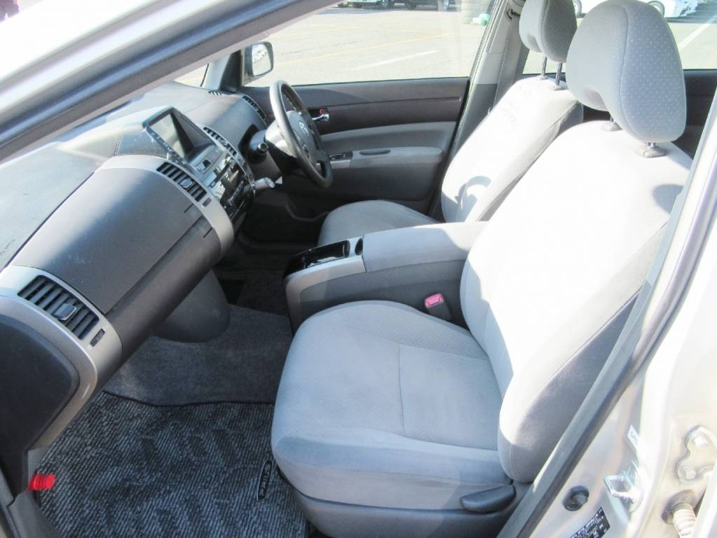 Used 2005 AT Toyota Prius NHW20 Image[15]