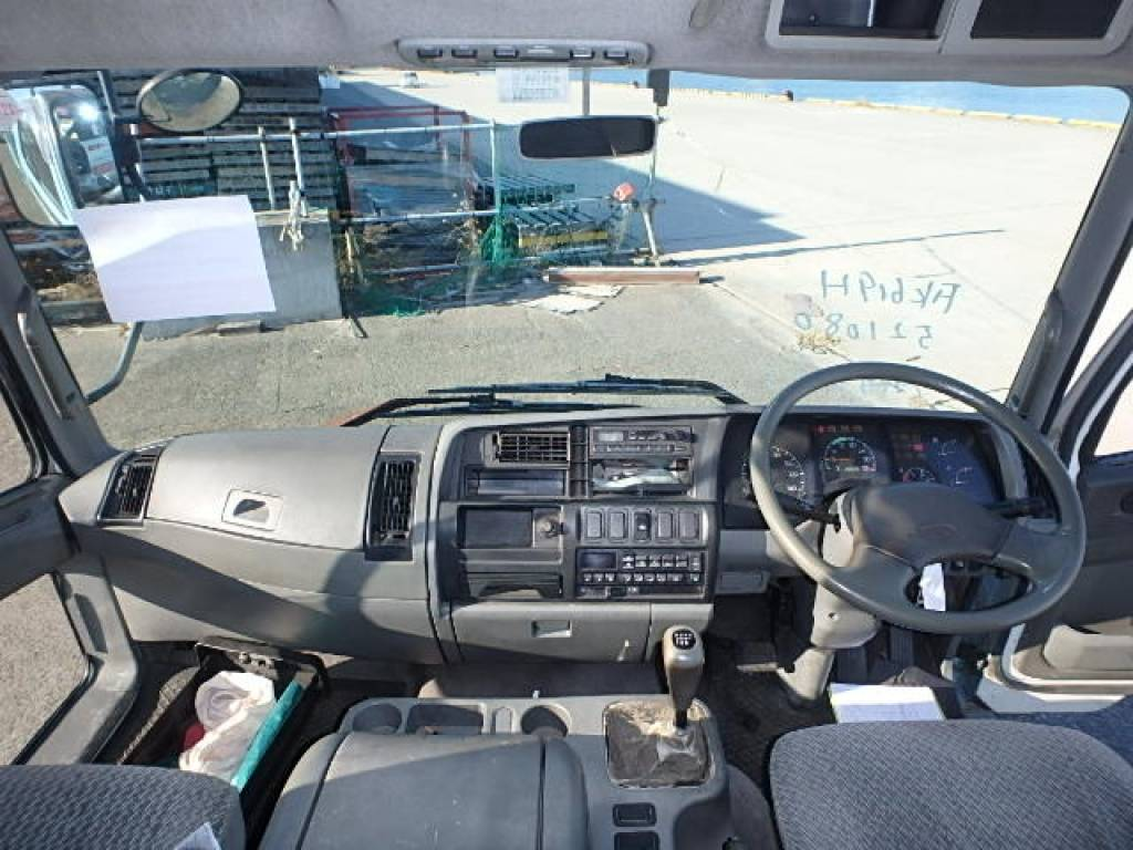 Used 1996 MT Mitsubishi Fuso Fighter FK619H Image[8]