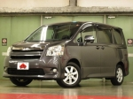 2007 CVT Toyota Noah DBA-ZRR70W