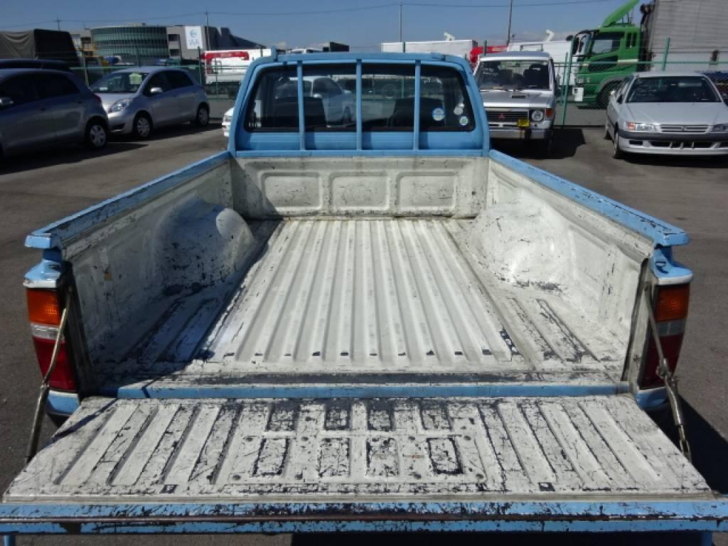 Used 1996 MT Toyota Hilux YN81 Image[18]