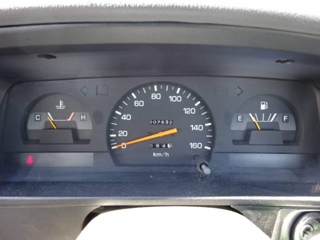 Used 1996 MT Toyota Hilux YN81 Image[21]