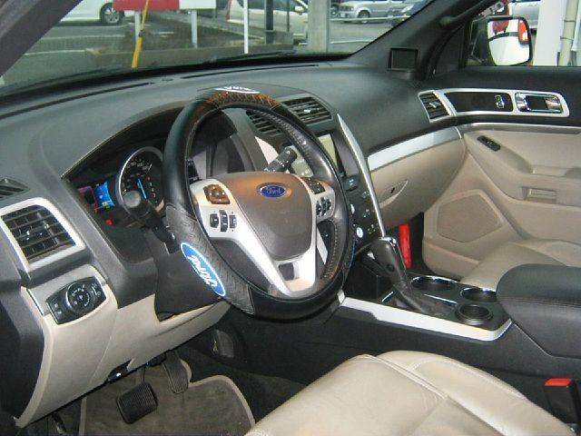 Used 2013 AT Ford Explorer ABA-1FMHK9 Image[1]