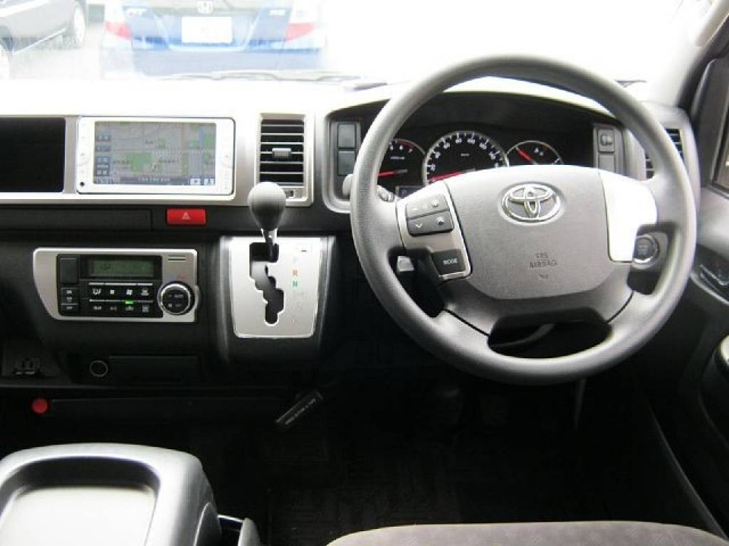 Used 2014 AT Toyota Hiace Van CBA-TRH214W Image[1]
