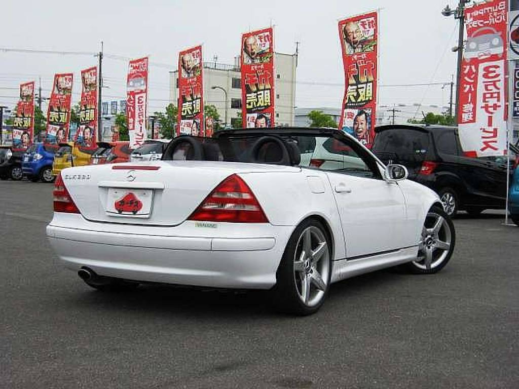 Used 2001 AT Mercedes Benz SLK Class GF-170465 Image[2]