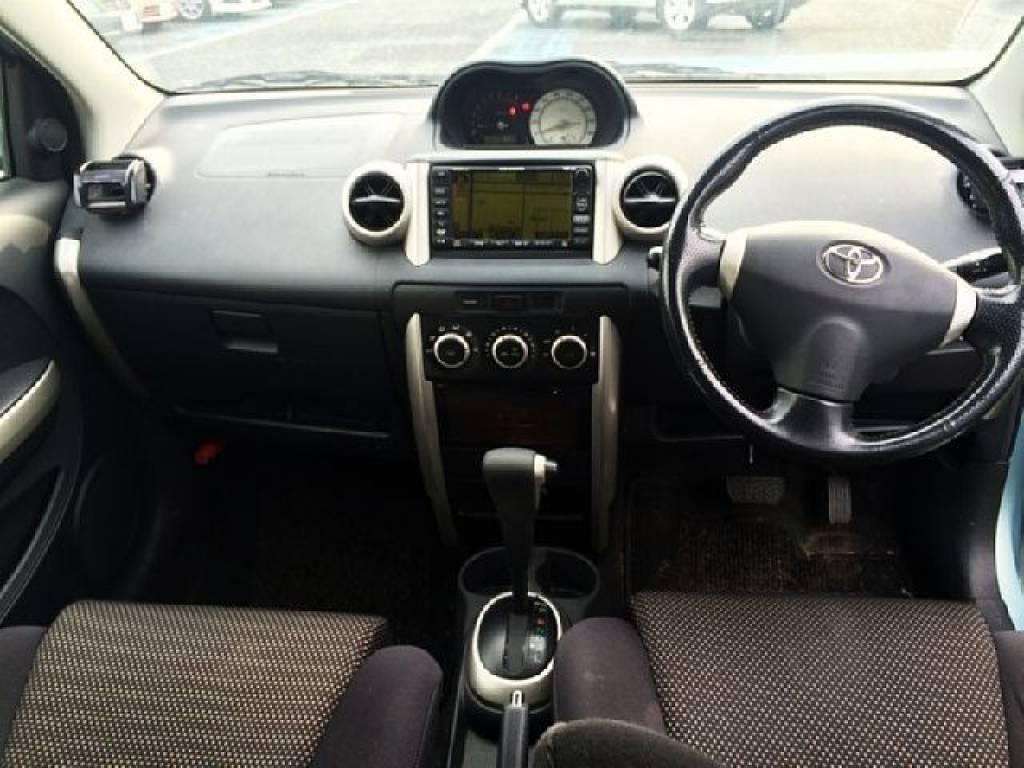 Used 2003 AT Toyota IST UA-NCP61 Image[1]