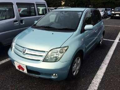 2003 AT Toyota IST UA-NCP61
