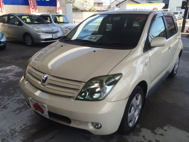Used 2004 AT Toyota IST CBA-NCP60