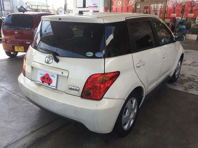 Used 2004 AT Toyota IST CBA-NCP60 Image[2]