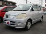 2003 AT Toyota Noah TA-AZR60G