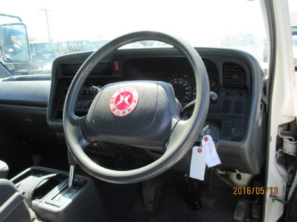 Used 2003 AT Toyota Hiace Van RZH112V Image[13]