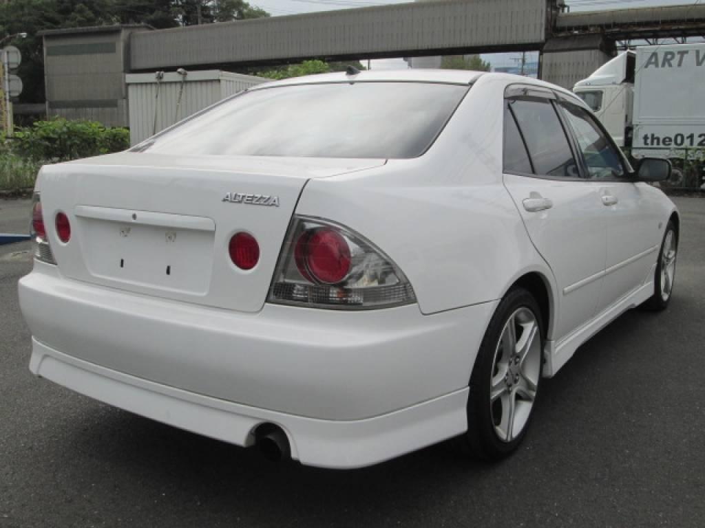 Used 2001 MT Toyota Altezza SXE10 Image[3]