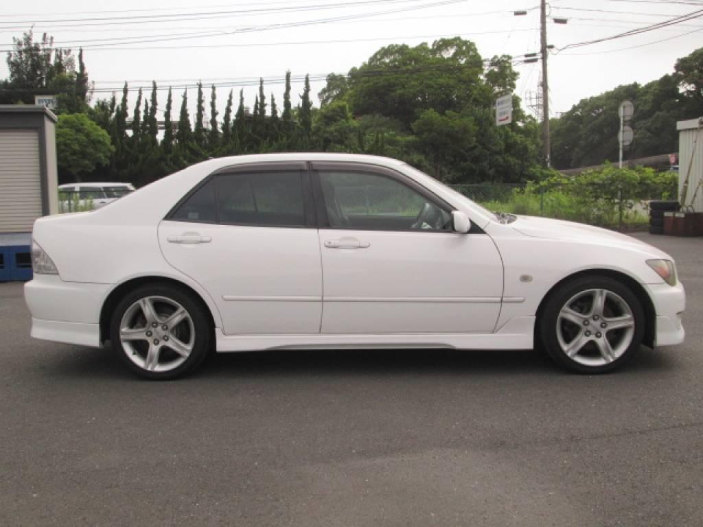 Used 2001 MT Toyota Altezza SXE10 Image[5]