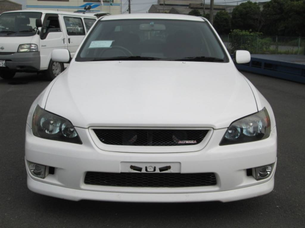 Used 2001 MT Toyota Altezza SXE10 Image[6]