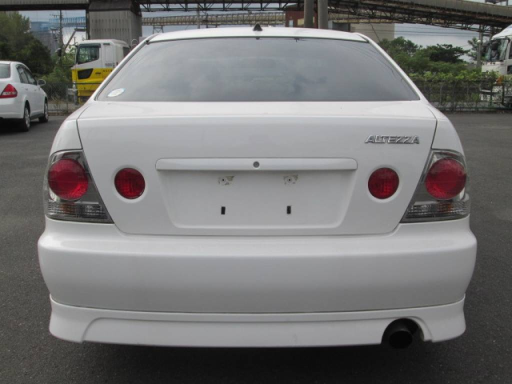 Used 2001 MT Toyota Altezza SXE10 Image[7]