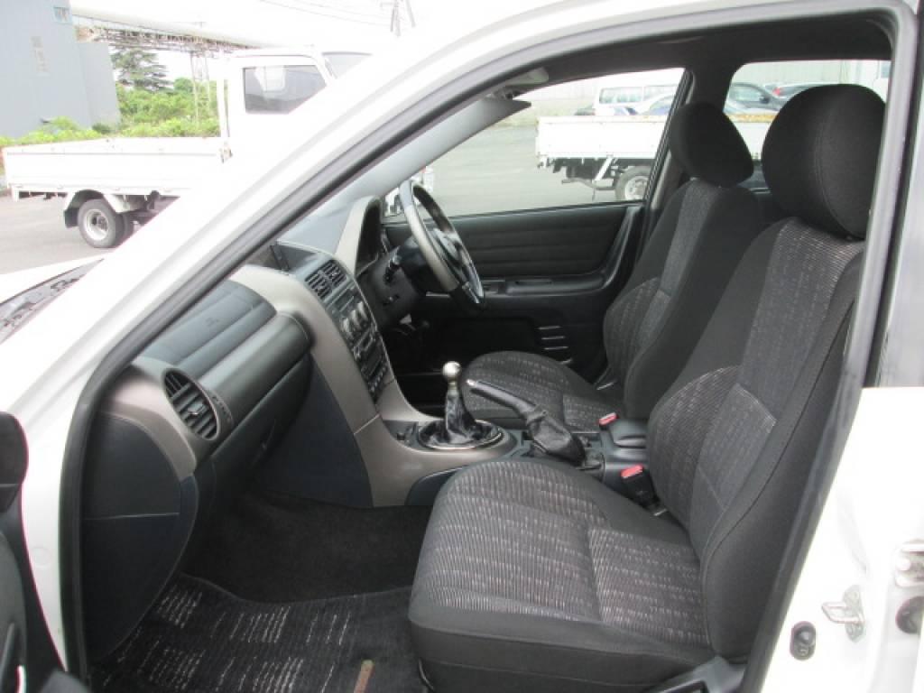 Used 2001 MT Toyota Altezza SXE10 Image[19]