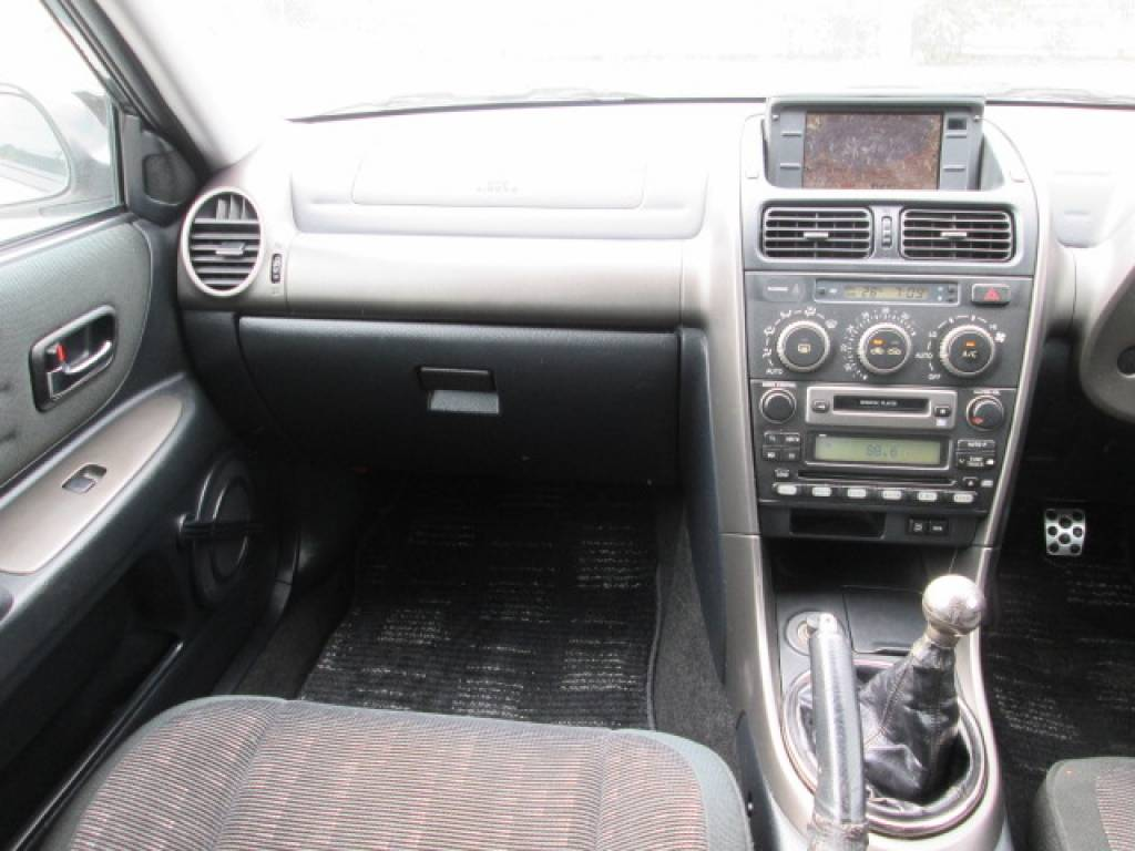 Used 2001 MT Toyota Altezza SXE10 Image[21]