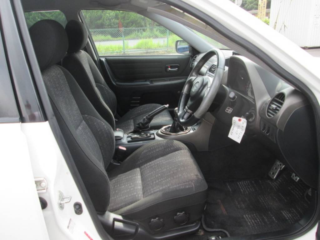 Used 2001 MT Toyota Altezza SXE10 Image[24]