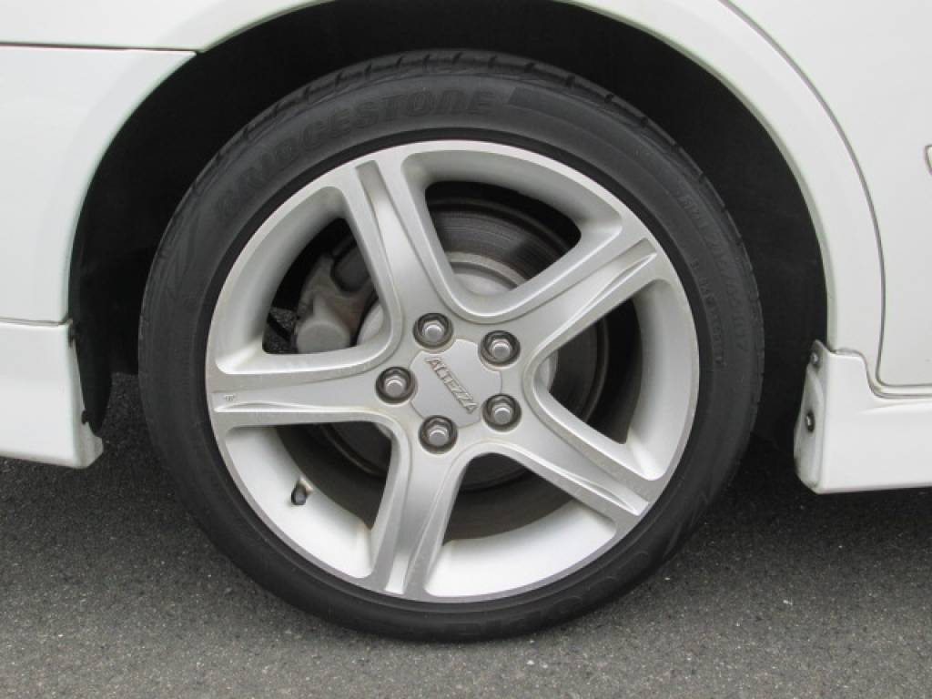 Used 2001 MT Toyota Altezza SXE10 Image[26]