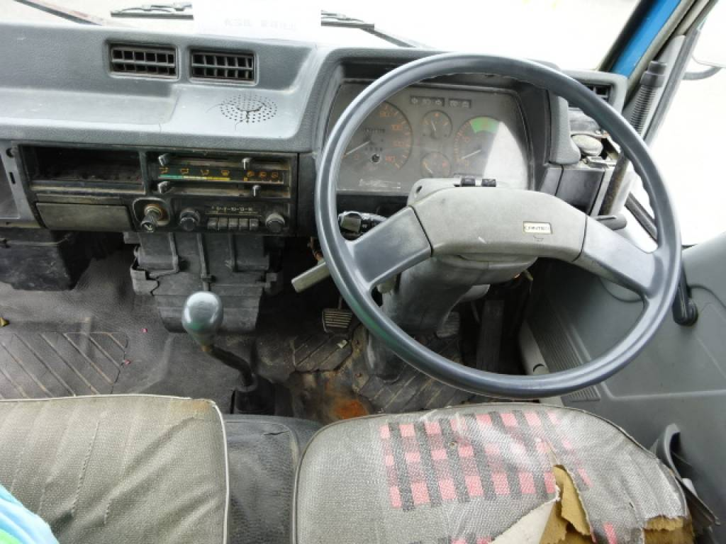 Used 1989 MT Mitsubishi Canter FE315BD Image[24]