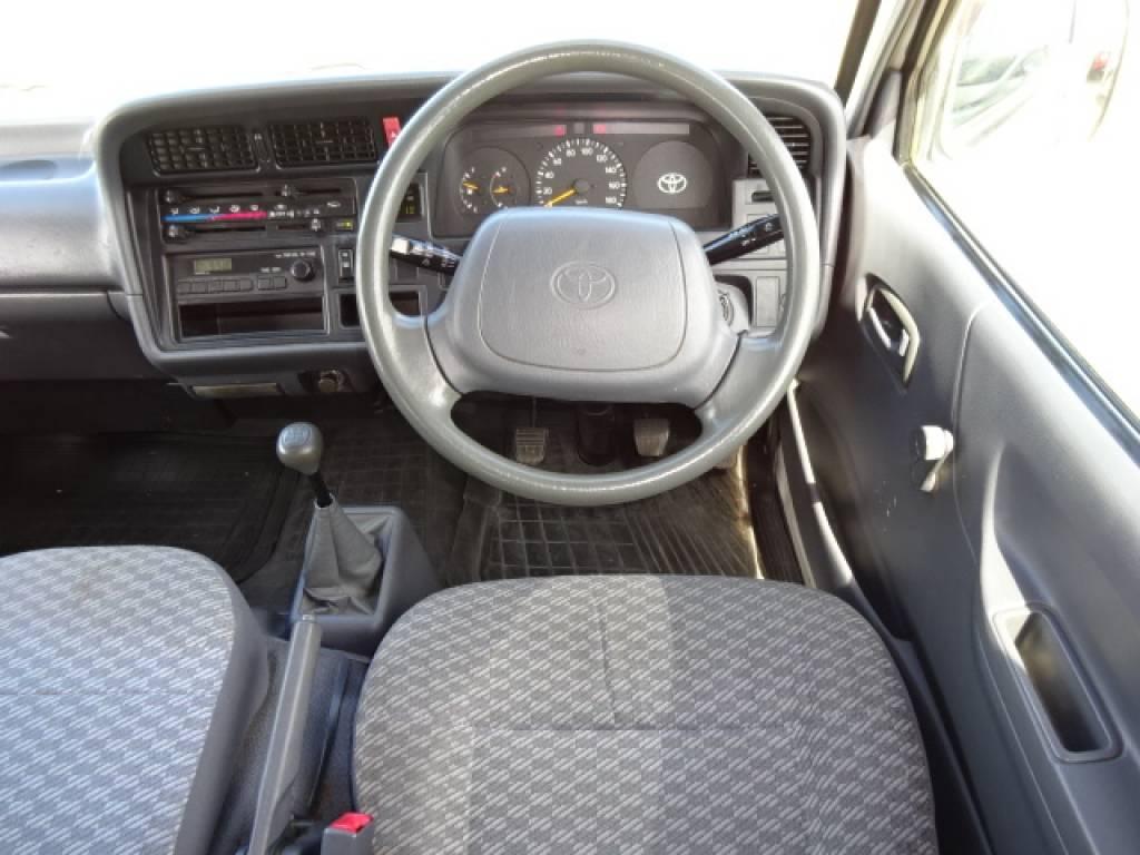 Used 1998 MT Toyota Hiace Van RZH102V Image[23]