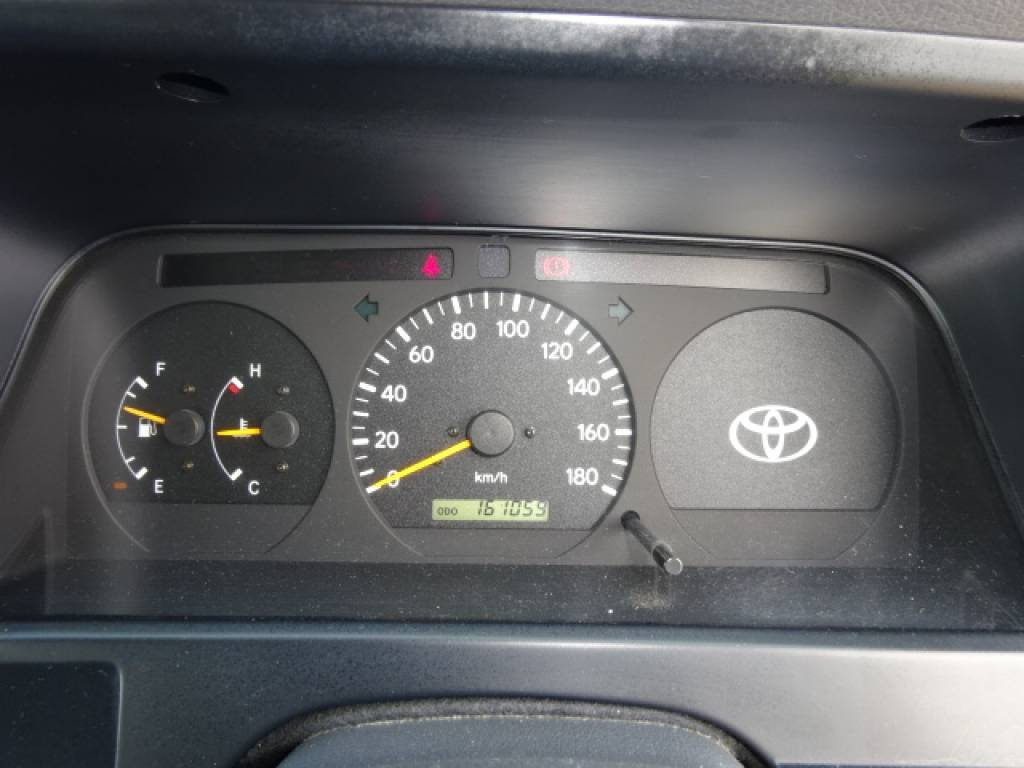 Used 1998 MT Toyota Hiace Van RZH102V Image[25]