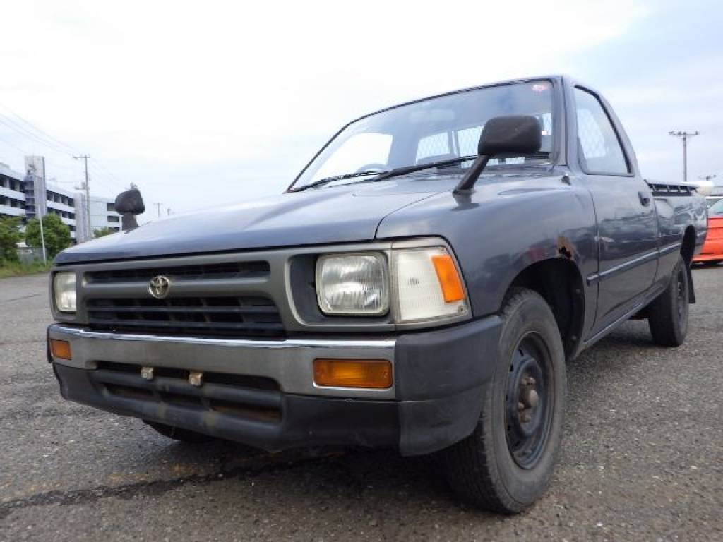 Used 1992 MT Toyota Hilux Truck YN85 Image[0]