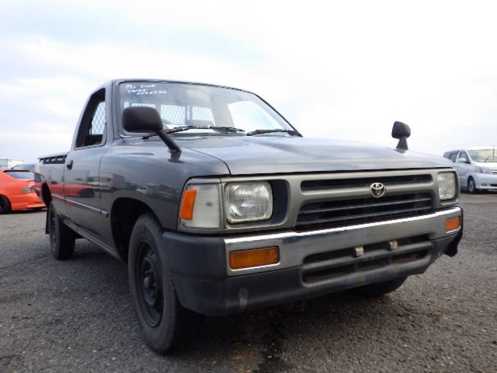 Used 1992 MT Toyota Hilux Truck YN85 Image[1]