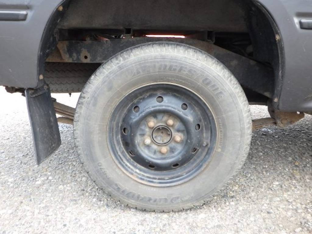 Used 1992 MT Toyota Hilux Truck YN85 Image[5]