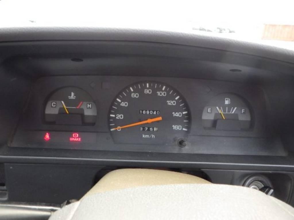Used 1992 MT Toyota Hilux Truck YN85 Image[10]