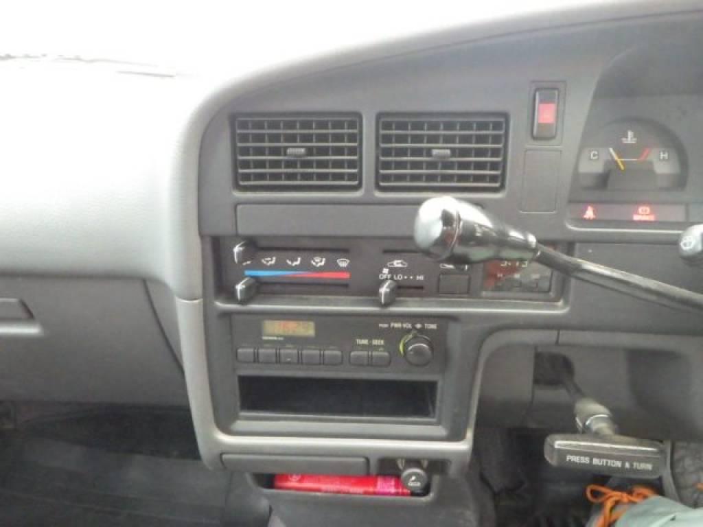 Used 1992 MT Toyota Hilux Truck YN85 Image[11]