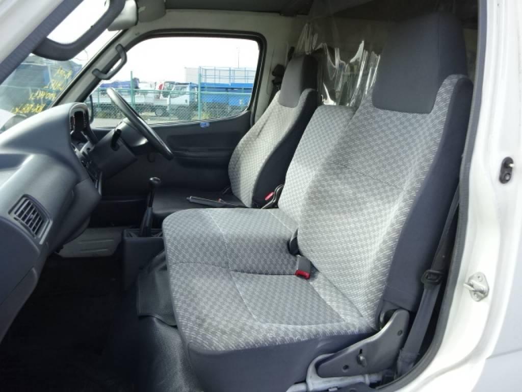 Used 2001 MT Toyota Hiace Van LH162V Image[19]