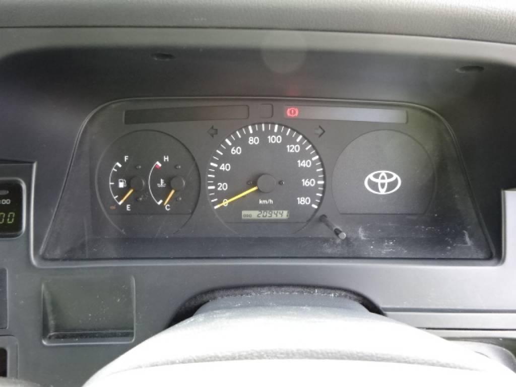 Used 2001 MT Toyota Hiace Van LH162V Image[24]