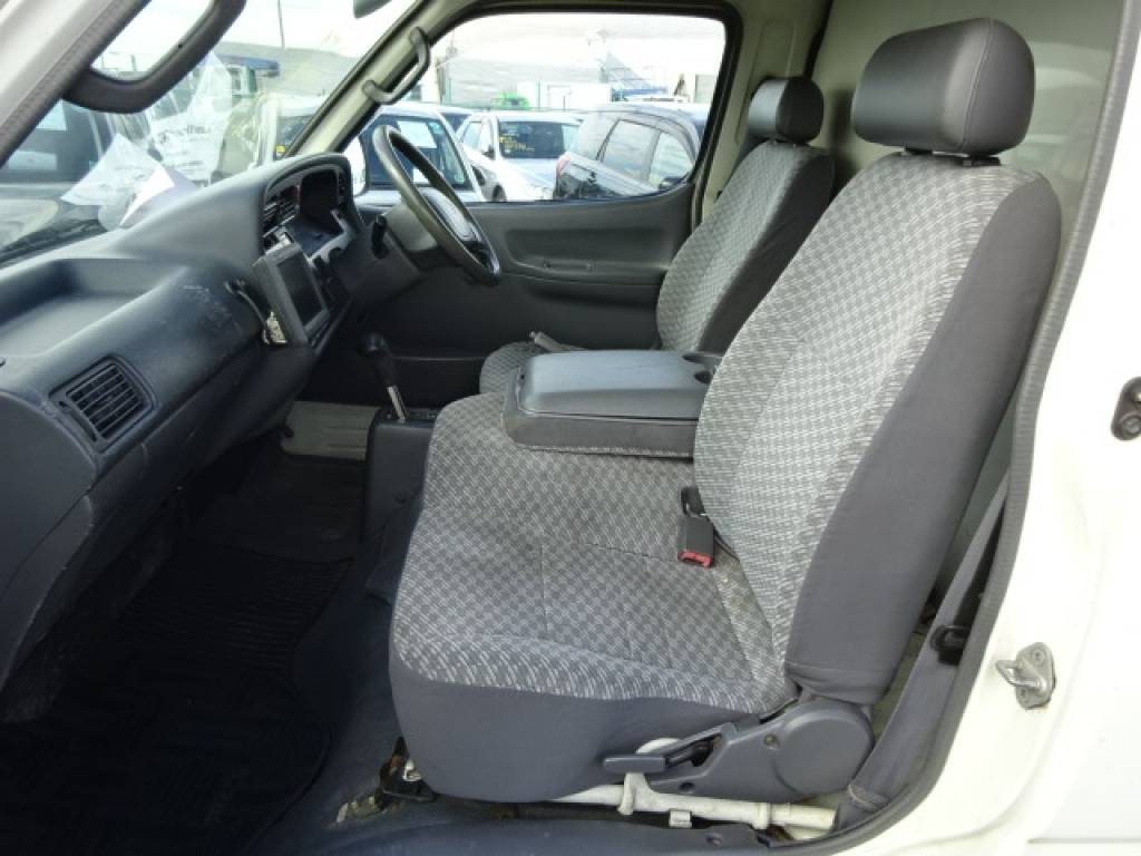 Used 2002 AT Toyota Hiace Van LH172V Image[10]