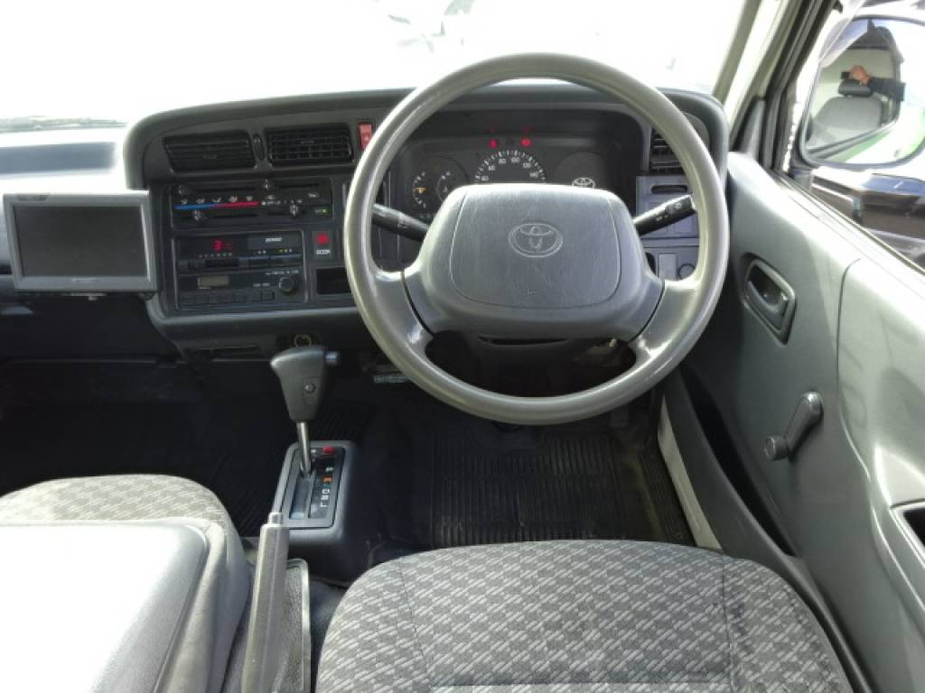 Used 2002 AT Toyota Hiace Van LH172V Image[11]