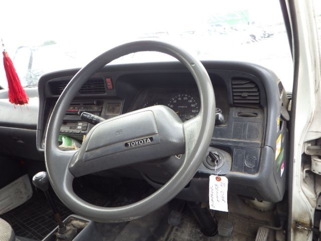 Used 1996 MT Toyota Hiace Van RZH102V Image[12]