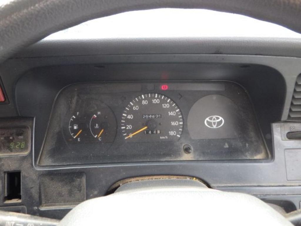 Used 1996 MT Toyota Hiace Van RZH102V Image[15]