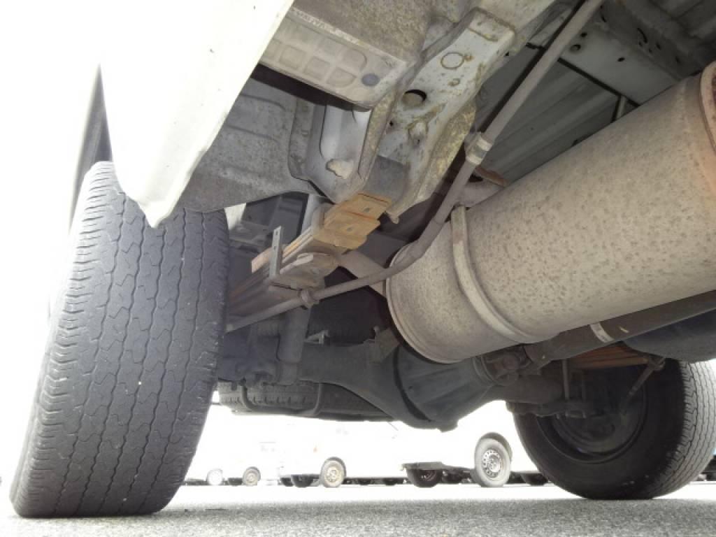 Used 2000 MT Toyota Hiace Van LH172V Image[16]
