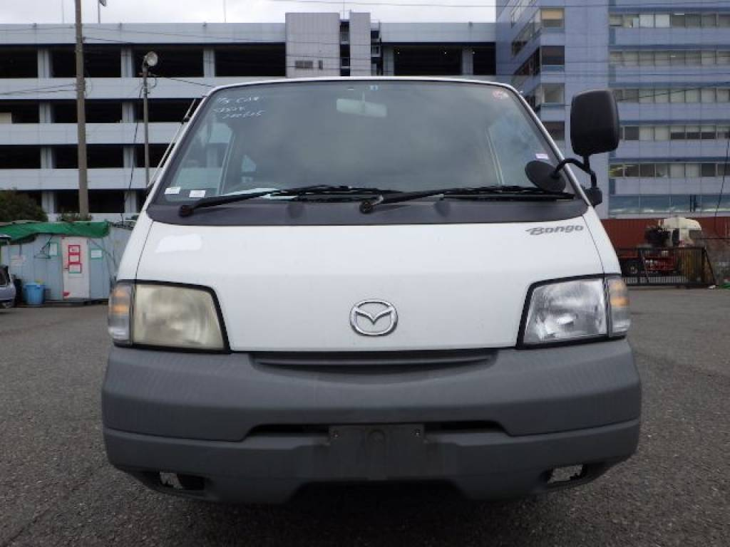 Used 2000 MT Mazda Bongo Van SK82V Image[3]