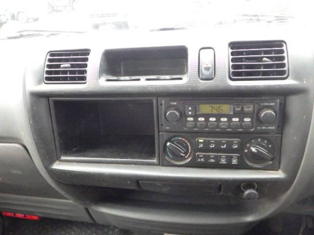 Used 2000 MT Mazda Bongo Van SK82V Image[16]