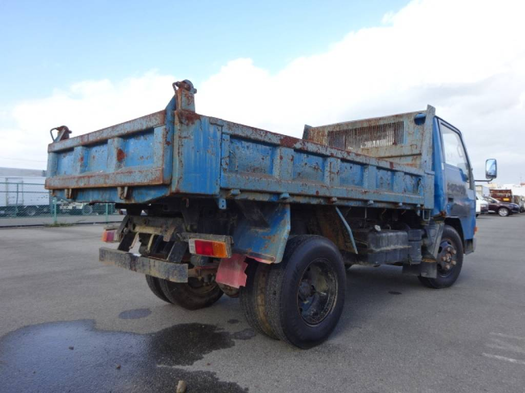 Used 1989 MT Mitsubishi Canter FE317BD