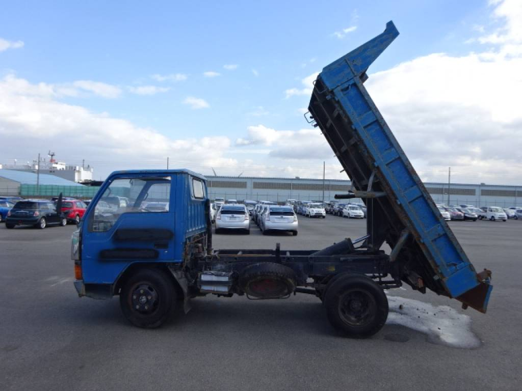 Used 1989 MT Mitsubishi Canter FE317BD Image[4]