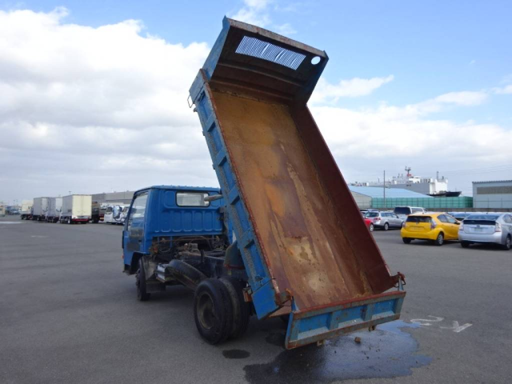 Used 1989 MT Mitsubishi Canter FE317BD Image[5]