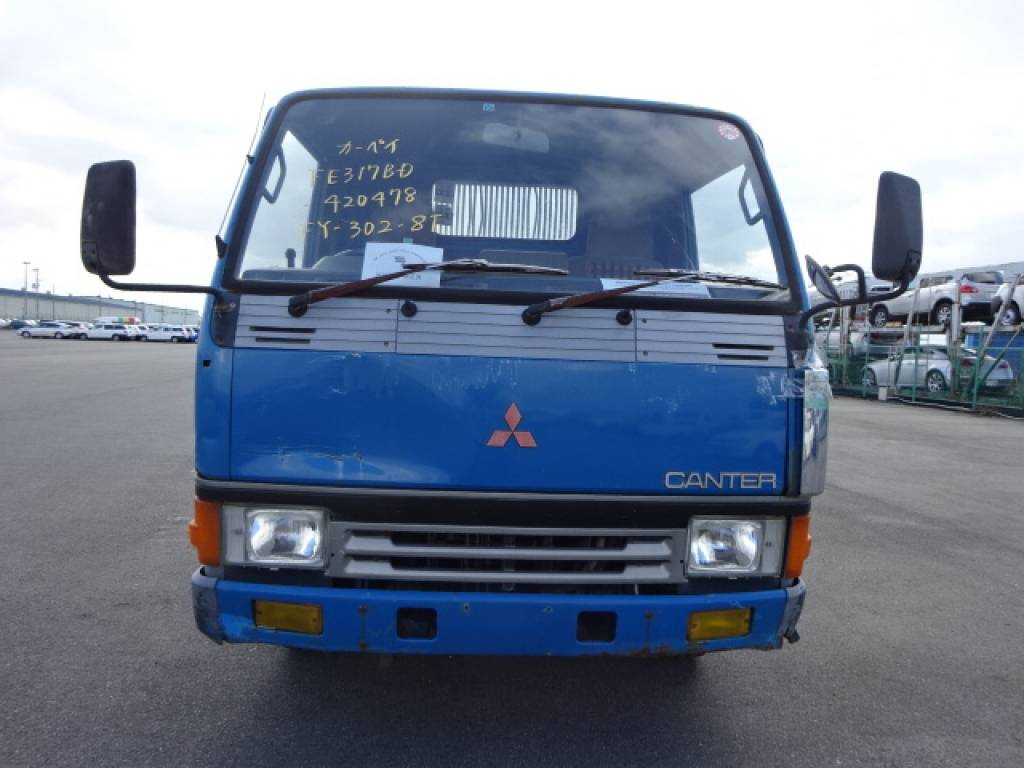 Used 1989 MT Mitsubishi Canter FE317BD Image[9]