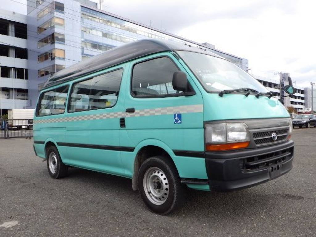 Used 2003 AT Toyota Hiace Van RZH125B Image[0]