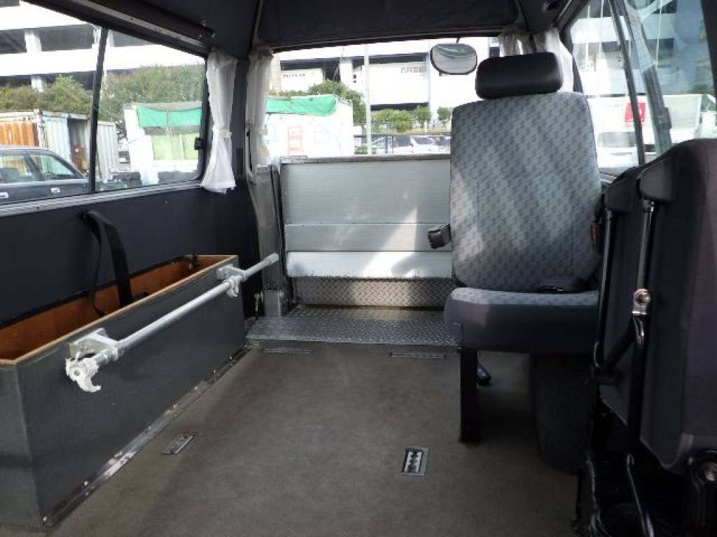 Used 2003 AT Toyota Hiace Van RZH125B Image[10]
