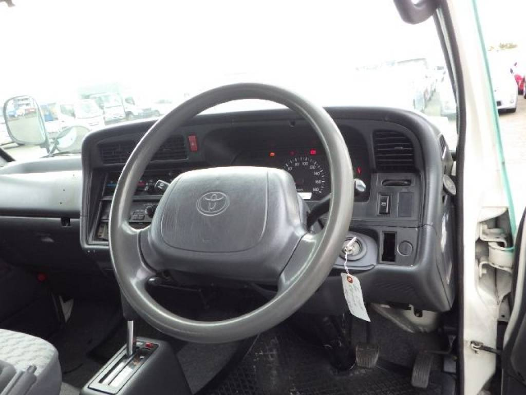 Used 2003 AT Toyota Hiace Van RZH125B Image[11]