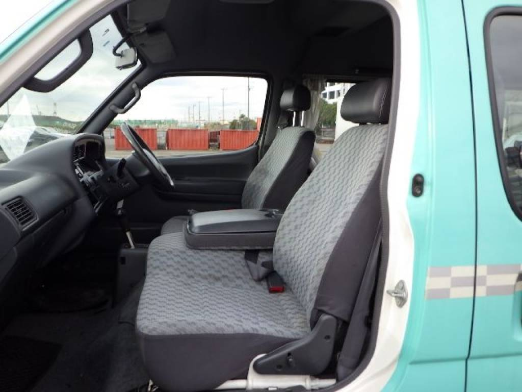 Used 2003 AT Toyota Hiace Van RZH125B Image[14]