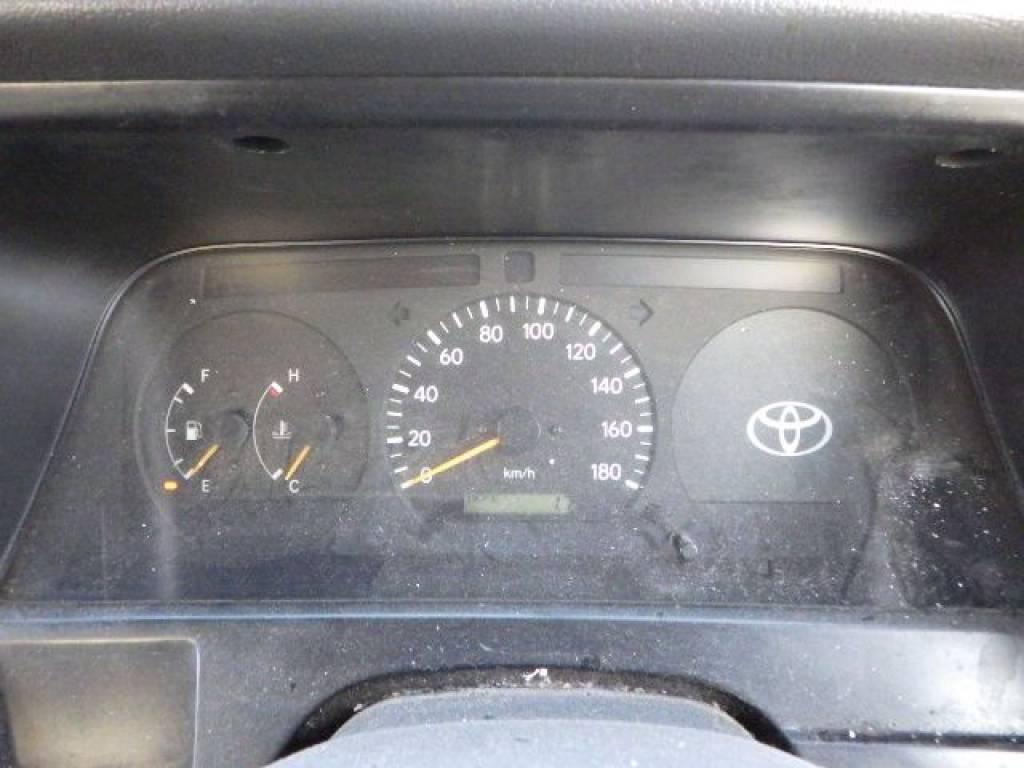 Used 2000 MT Toyota Hiace Van RZH102V Image[16]