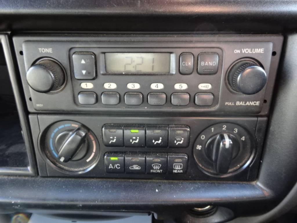 Used 2002 MT Nissan Vanette Van SK82VN Image[24]